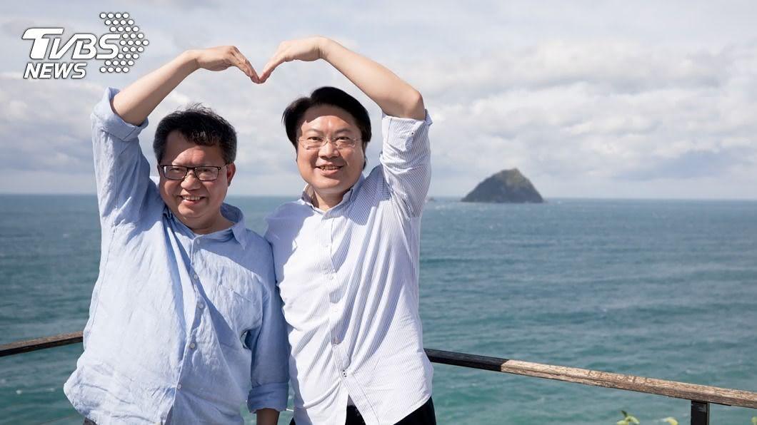 基隆市長林右昌(右)與桃園市長鄭文燦(左)。(示意圖/基隆市政府提供) 2022年選舉規劃 鄭文燦、林右昌曝「進度」