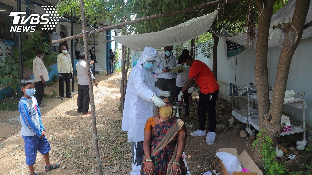 (圖/達志影像美聯社) 印度8月近200萬人染武漢肺炎 全球單月新增最多