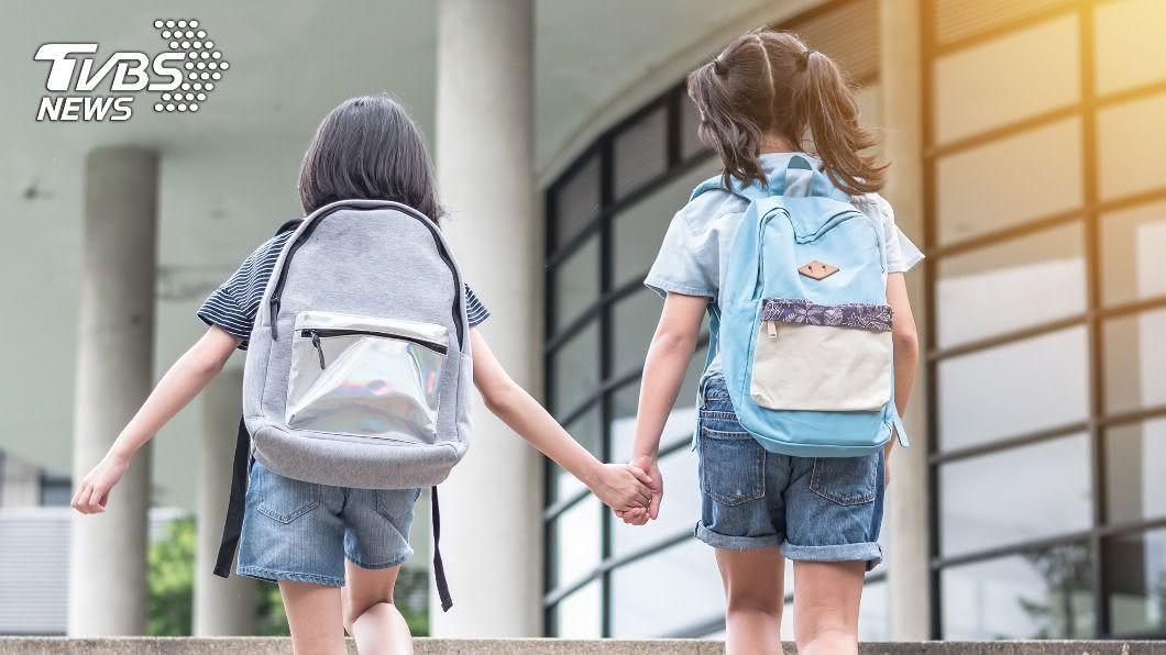 昨(1)日是許多學校的開學日。(示意圖/shutterstock 達志影像) 才剛開學…新學期目標「坐等寒假」 網全讚翻:以後會成功