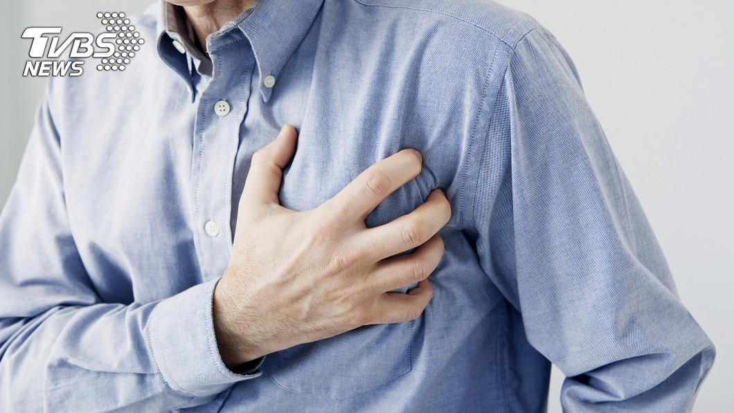 醫生指心律不整是心血管疾病前兆,籲民眾留意脈搏。(示意圖/shutterstock 達志影像) 6旬男走路騎車常莫名昏倒 陣發型心律不整釀禍