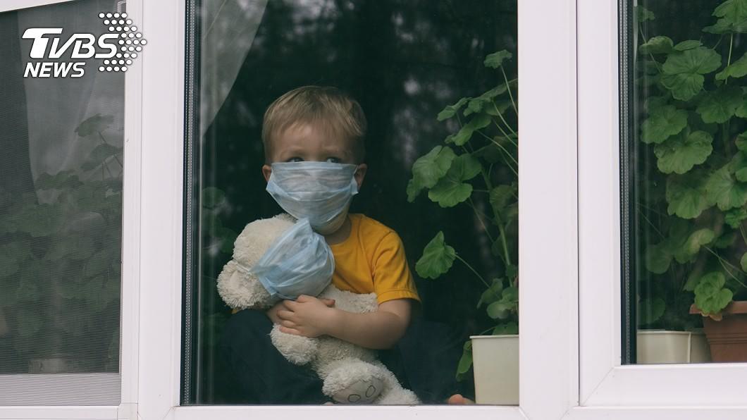 瑞典有父母為了防疫將孩子關在家3個月。(示意圖/shutterstock 達志影像) 父母防疫過頭 3童被關在家4個月足不出戶
