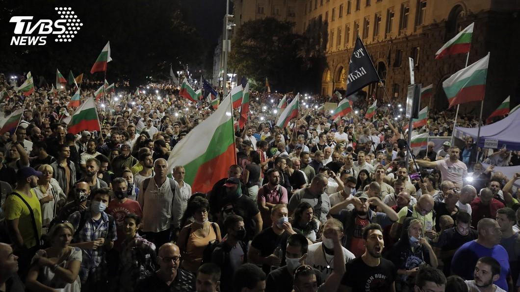 (圖/達志影像美聯社) 保加利亞示威要求總理下台 警民衝突至少45人傷
