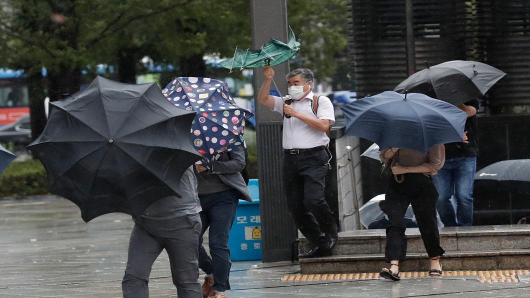 圖/達志影像美聯社 梅莎、海神前「撲」後繼 暴風雨肆虐日韓