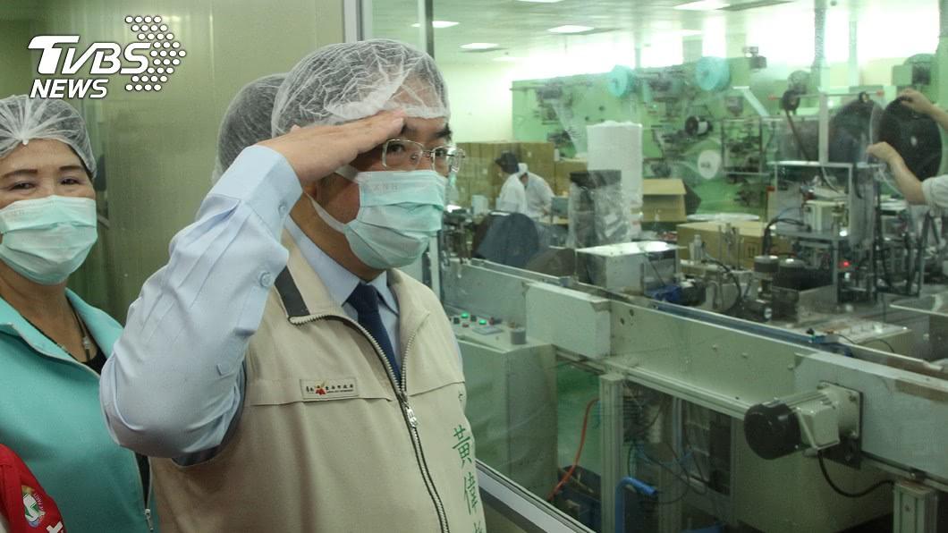 台南市長黃偉哲盼除口罩國家隊老鼠屎。(圖/中央社) 為口罩國家隊打氣 黃偉哲:趕快挖掉老鼠屎