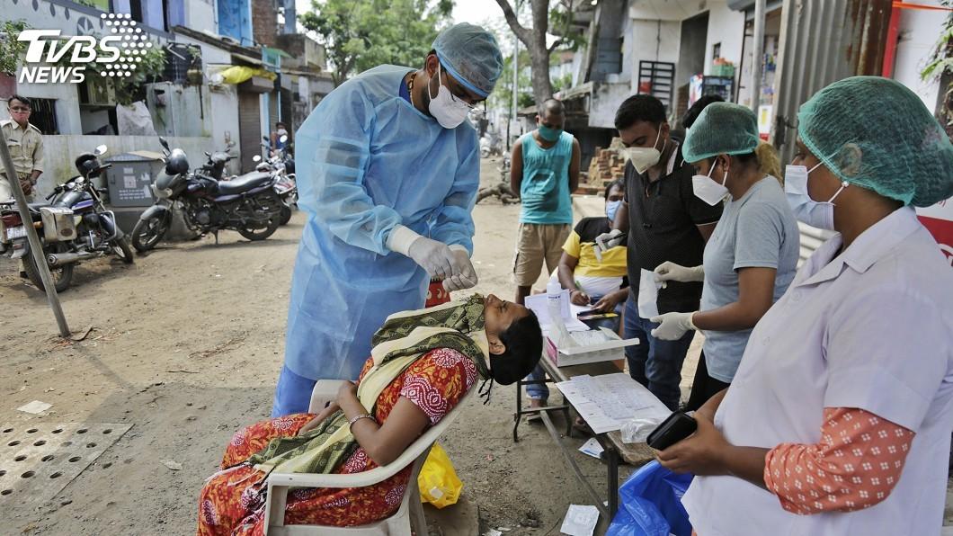 印度增逾9萬人染疫,創全球單日新高。(圖/達志影像美聯社) 印度增9萬人染疫創全球單日新高 疫情最新情報一覽