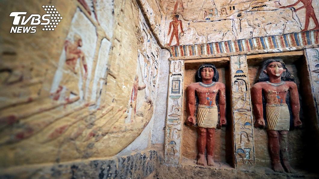 吉薩塞加拉瓦蒂墓(Wahtye)內雕像。(圖/達志影像路透社) 埃及出土13具古棺!塵封2500年 銘文彩繪清晰鮮豔