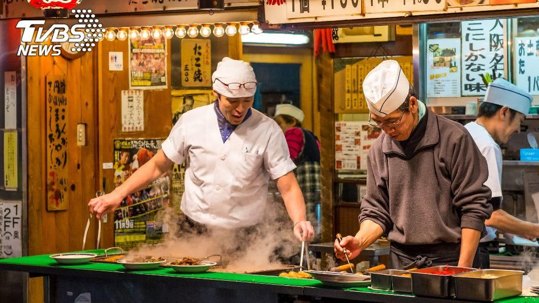 章魚燒是日本特色美食。(示意圖/shutterstock 達志影像) 日本當地最難吃食物?網友全指名它:一吃就吐