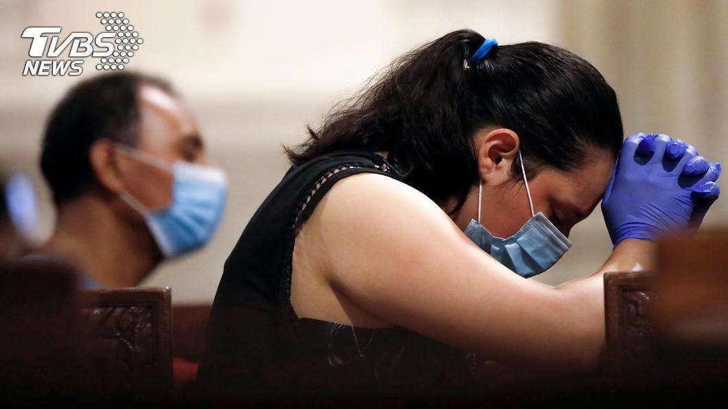 美國因新冠肺炎病逝人數直逼20萬。(圖/達志影像路透社) 美新冠病逝人數直逼20萬!全球疫情最新情報一覽