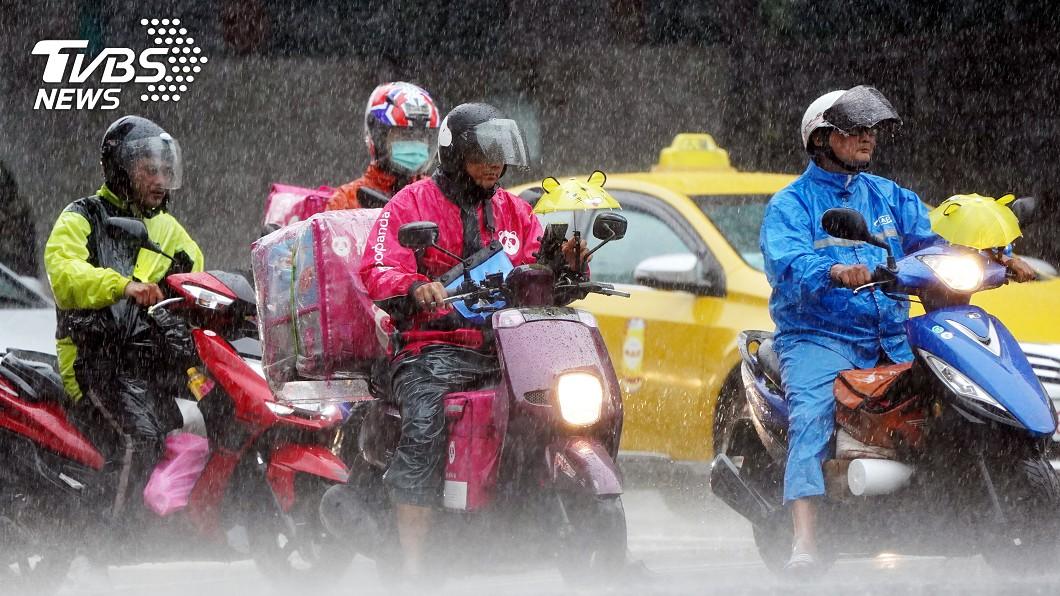 受東北季風影響,北部及東北部會有較大雨勢。(圖/中央社資料照) 北台灣防大雨!入夜冷空氣增強 明清晨低溫下探13度