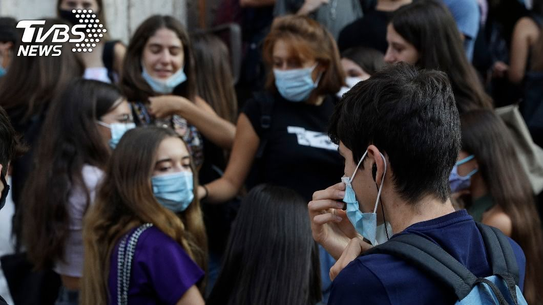 歐洲單日新增死亡病例恐攀升。(圖/達志影像美聯社) 歐洲抗疫路艱難 WHO:死亡病例恐再攀升