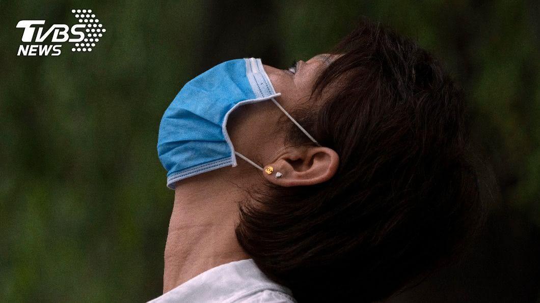 中國專家張文宏研判全球抗疫曙光已現。(圖/達志影像美聯社) 新冠疫苗現曙光!受試者抗體峰值穩定 有望國際合作