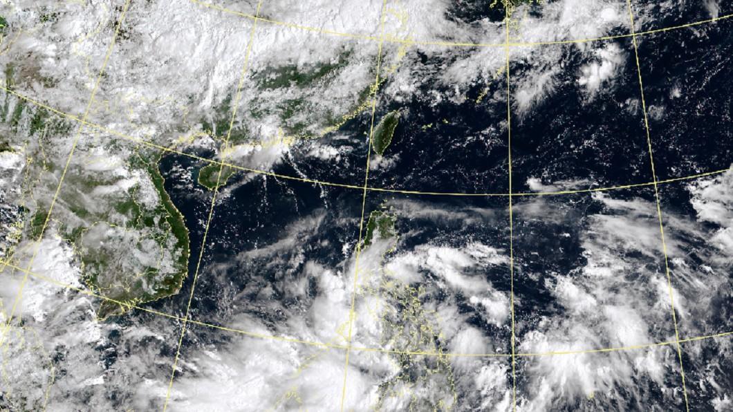 圖/翻攝自中央氣象局 11號颱風「紅霞」要來了?專家:最快明後天有機會生成