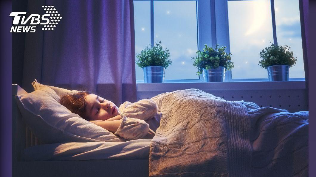 示意圖/TVBS 疫情下時間變多反睡不著 日本推助眠商品搶市