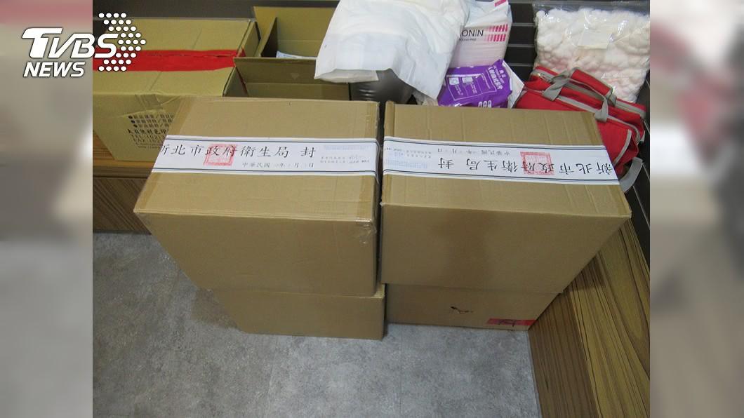 勤達公司以陸製口罩假冒馬來西亞製。(圖/中央社) 勤達「換掉外盒」進口陸製口罩 疑流入數家大醫院