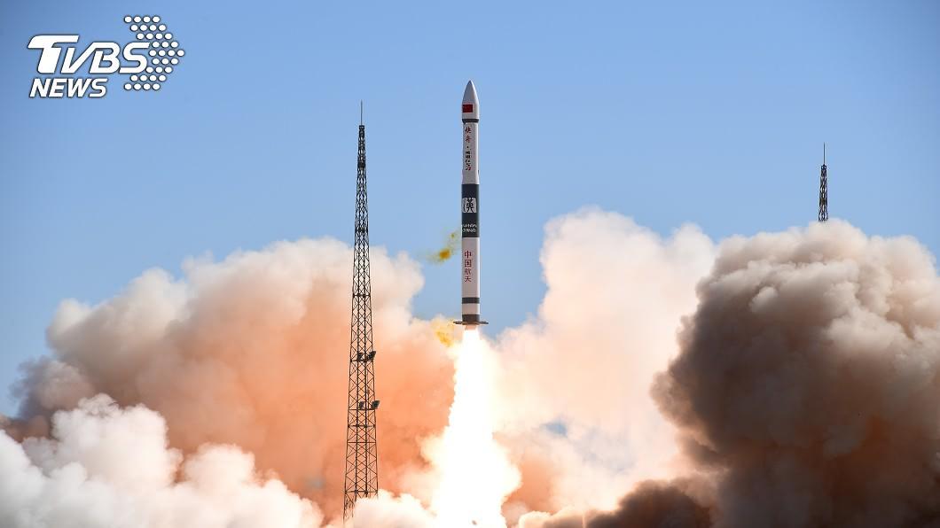 大陸已連續3天進行火箭發射。(示意圖/達志影像路透社) 陸宣布連3天發射火箭 黃海長江口發「航行警報」
