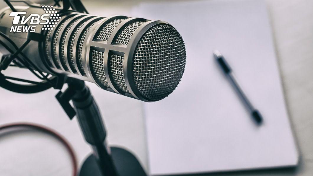 近期愈來愈多人聽podcast。(示意圖/shutterstock達志影像) Podcast像極廣播為何爆紅? 聽眾曝光3大原因