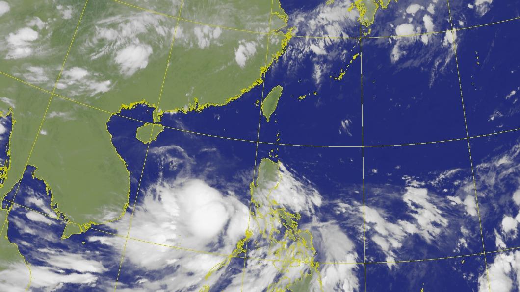 輕度颱風「紅霞」16日凌晨2時生成。(圖/中央氣象局) 「紅霞」颱風生成路徑曝 週末鋒面到掉5度+雨襲