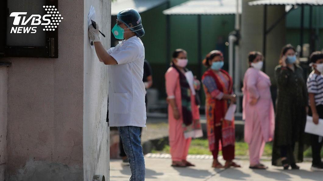 印度疫情延燒。(圖/達志影像美聯社) 印度確診數將破500萬 全球新冠疫情最新情報