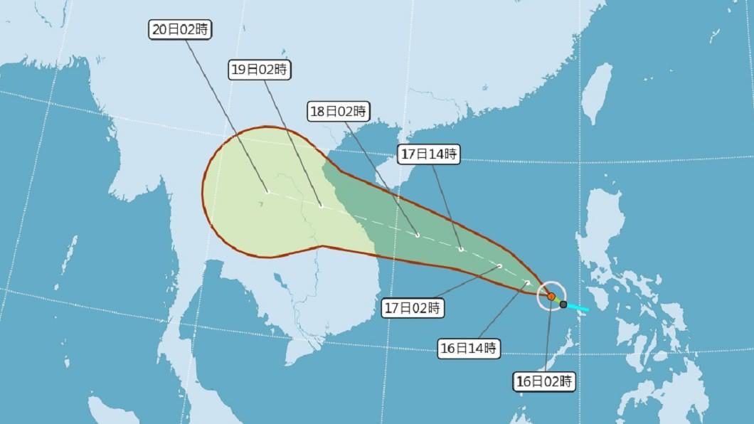 颱風紅霞今天凌晨生成。(圖/中央氣象局) 「秋老虎」發威各地防高溫 颱風紅霞對台無直接影響