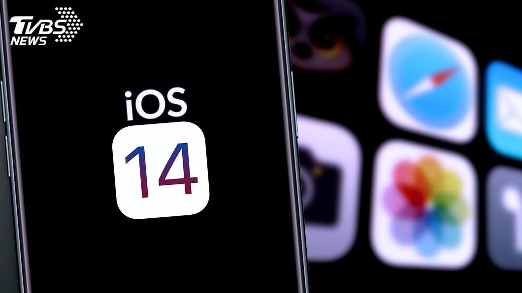 iOS 14主畫面編排的自由度更高。(示意圖/shutterstock 達志影像) iOS 14把iPhone變車鑰匙 主畫面編排更自由