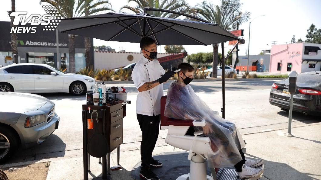 美國加州為提振經濟新增破10萬個工作機會。(圖/達志影像路透社) 美政府提供破10萬個工作機會 減少加州失業率