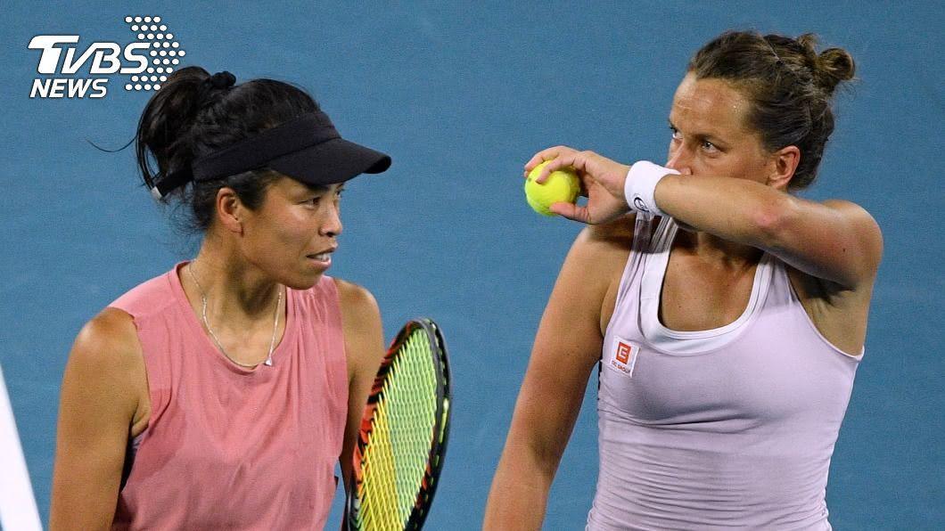 謝淑薇和史翠可娃在羅馬網球賽女雙4強晉級。(圖/達志影像路透社) 羅馬網球賽 謝淑薇將爭女雙本季第4冠