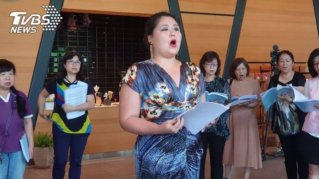 左涵瀛習聲樂多年並於浦契尼歌劇節中演出歌劇「杜蘭朵公主」的第一華人。(圖/中央社) 921地震家毀 「杜蘭朵公主」父為她撿護照出國習聲樂