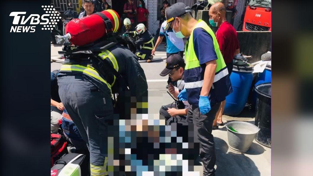 彰化二林今(22)日發生住宅火災意外。(圖/TVBS) 彰化民宅火災意外 2名女童無呼吸心跳送醫搶救