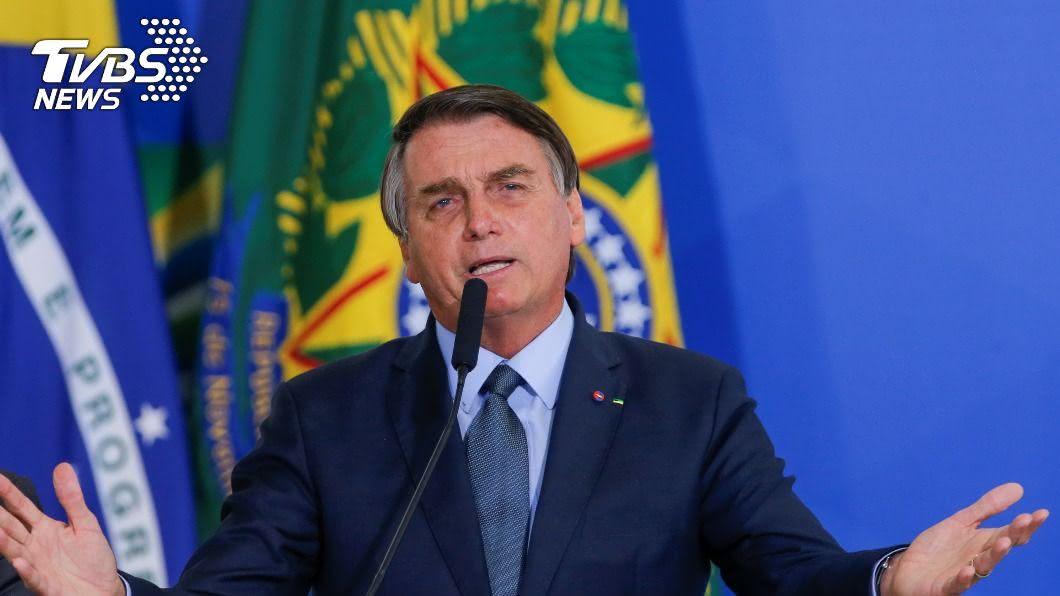 巴西總統波索納洛,於聯大宣稱巴西是受害者。(圖/達志影像路透社) 波索納洛聯大演說稱巴西受害 遭環保團體狂批妄想