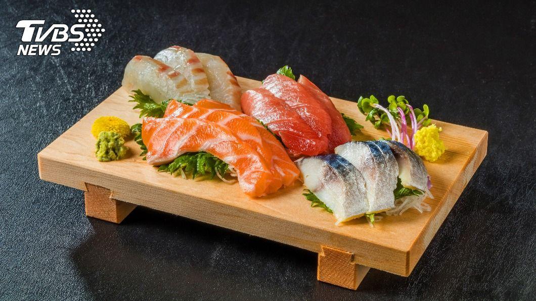 示意圖/shutterstock 達志影像 東京車站「早餐街」 一早吃生魚片牛排大餐