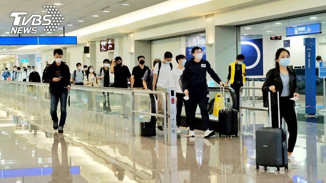 專家建議出境旅客都應篩檢。(圖/中央社) 避免台灣被誣賴「輸出病例」 專家:應實施出境篩檢