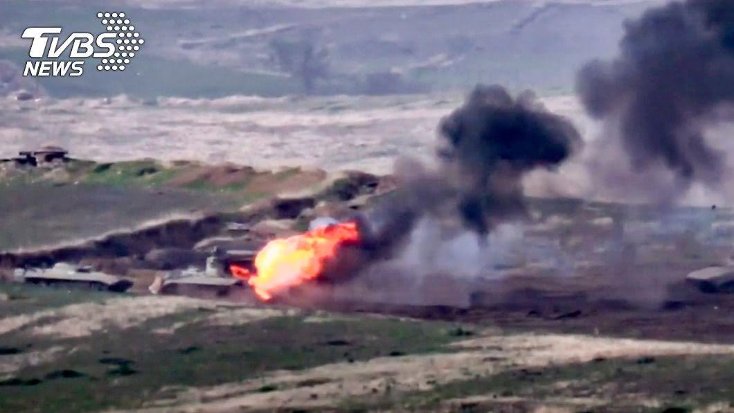 圖/達志影像美聯社 與亞塞拜然戰火再起 亞美尼亞炸坦克全國動員
