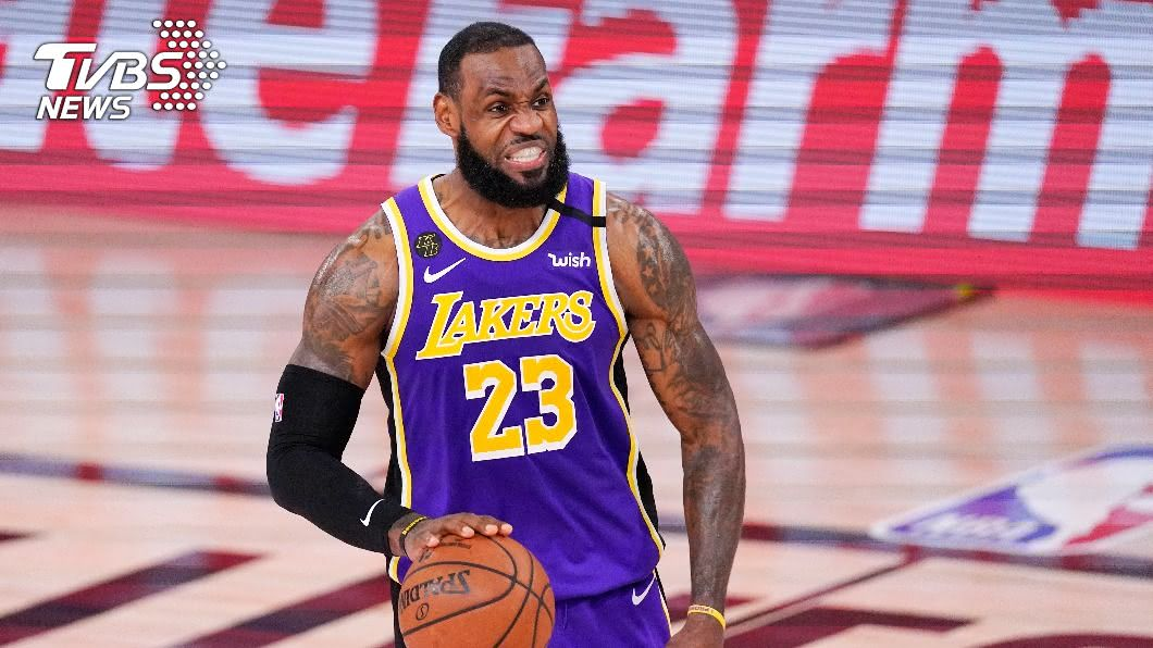 詹姆斯將率湖人對決老東家熱火。(圖/達志影像美聯社) NBA總冠軍戰湖人10月戰熱火 詹姆斯對決老東家