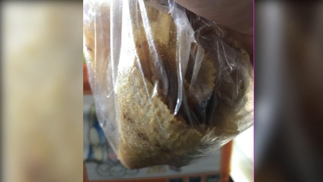 網友在小琉球購買魷魚片卻遇詐。(圖/翻攝自PTT) 小琉球遇推銷「魷魚10片200」 拆包裝氣炸:垃圾人