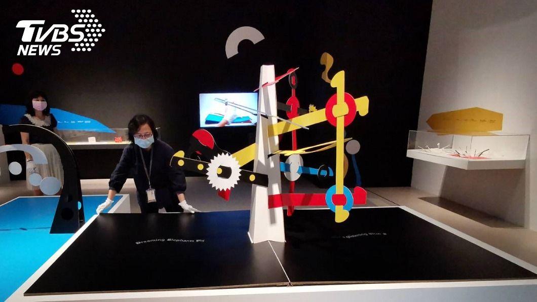 奇美博物館紙藝特展於10月登場。(圖/中央社) 奇美博物館紙藝特展10/1登場 彈出3D藝想世界