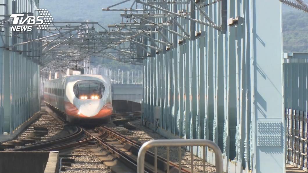 快訊/爬月台門釀高鐵急停! 8點15分列車已正常運行