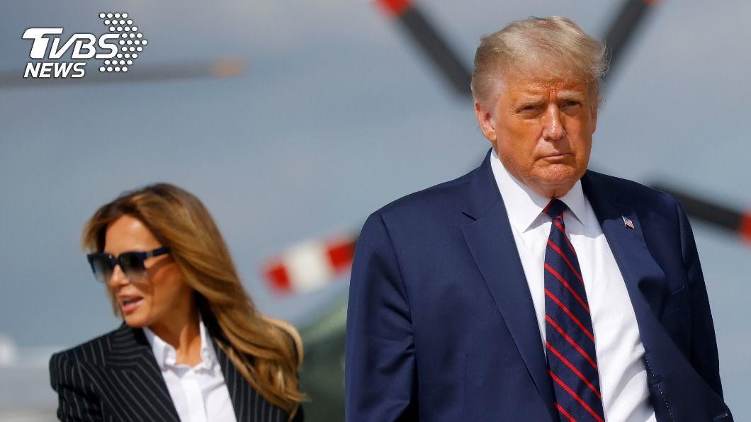美國總統川普與妻子梅蘭妮亞。(圖/達志影像路透社) 龍婆預言成真?川普2020「染上怪病」 恐失聰腦殘疾