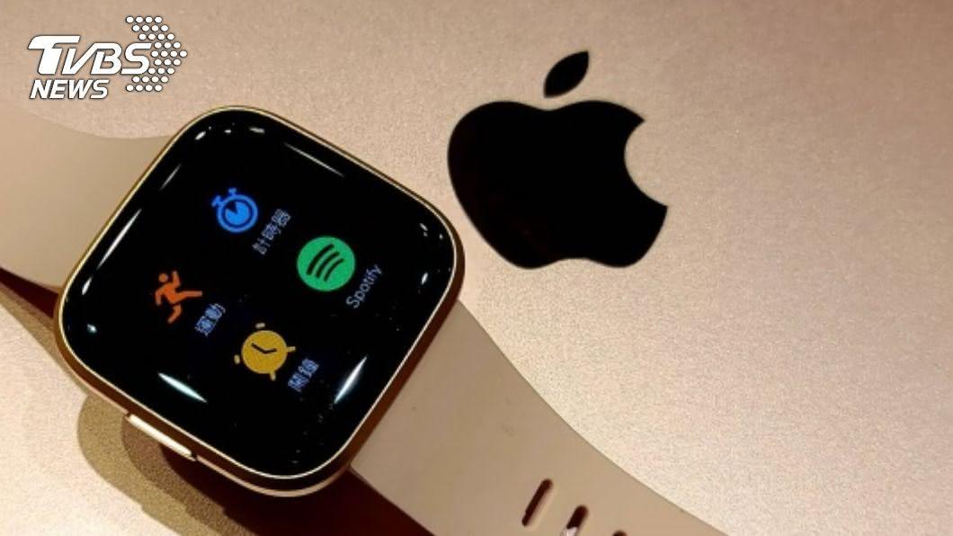 疫情加上健康意識抬頭,再度燒旺智慧手錶等穿戴產品商機。(圖/中央社) 智慧醫療前哨戰! 蘋果、三星搶奪穿戴裝置市占