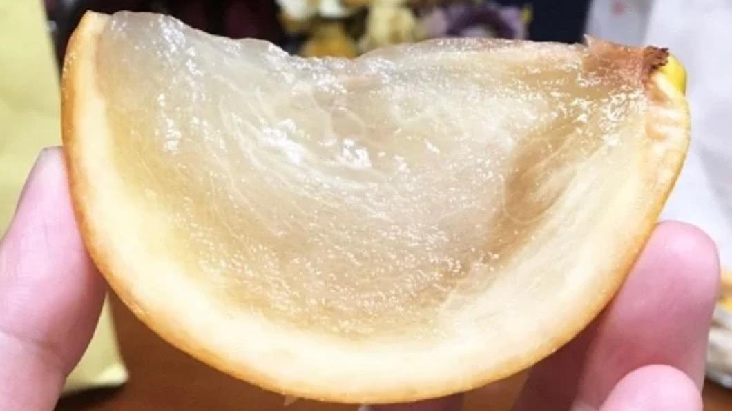 (圖/翻攝自Dcard) 他一吃「謎樣水果」超驚艷 內行秒解答:滿滿膠原蛋白