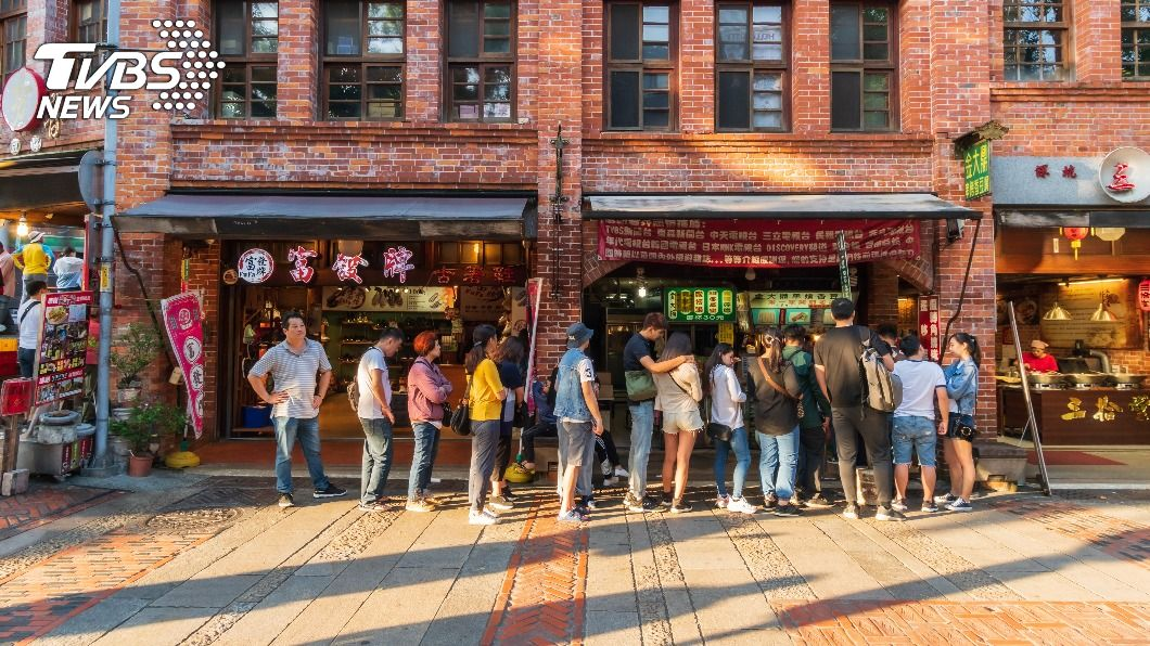 不少美食名店通常都要排隊。(示意圖/shutterstock 達志影像) 為省2小時…他出「免排隊」奧步 眾人狂轟:超沒品