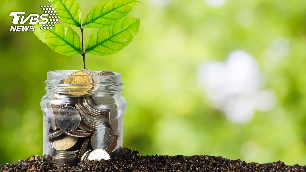世界能不能永續,銀行業事關重大。(示意圖/shutterstock 達志影像) 金融業永續轉型新旅程 銀行需重視放貸的每1塊錢