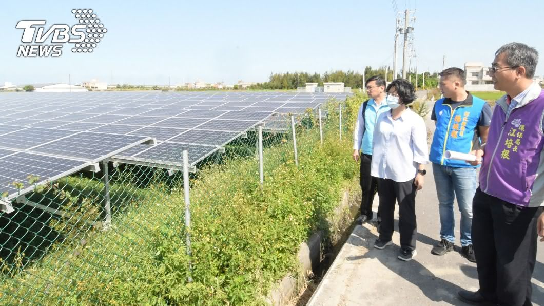 (圖/中央社) 遭污染農地改種太陽能光電 彰化創全國首例