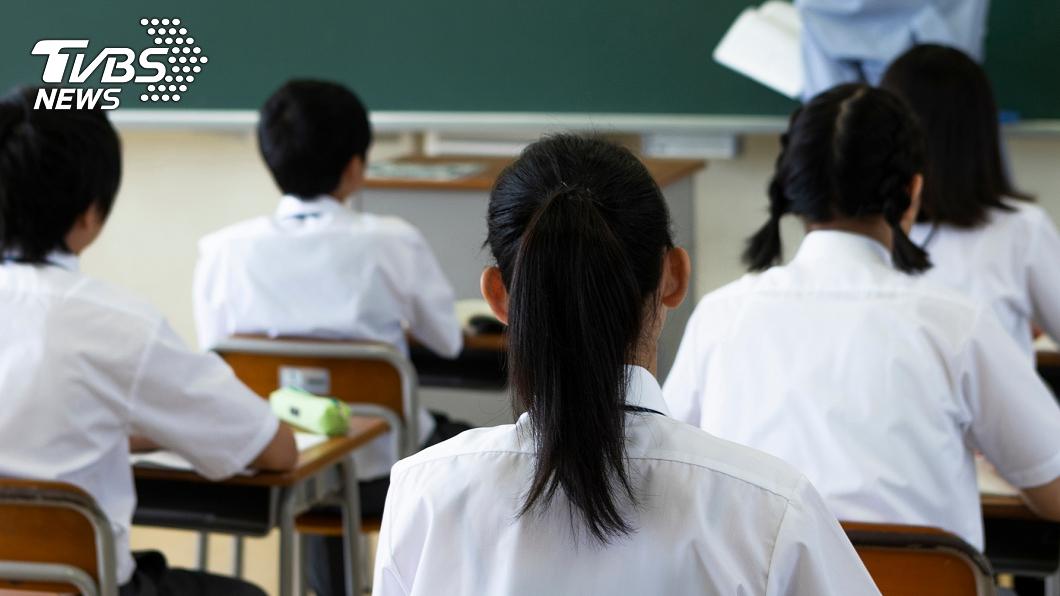 (示意圖/Shutterstock達志影像) 年齡最小貪官!小學副班長5年索賄8萬 逼同學吃排泄物