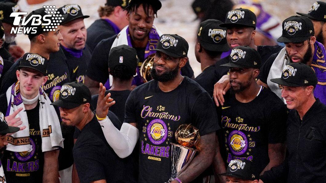 NBA湖人詹姆斯10年9度闖總冠軍賽。(圖/達志影像美聯社) 10年9度闖總冠軍賽 詹姆斯助湖人奪冠證明自己