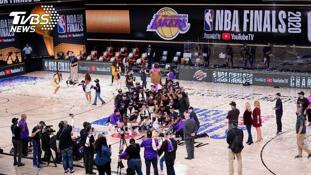 湖人以106比93力退熱火拿下冠軍。(圖/達志影像美聯社) NBA湖人澆熄熱火 總冠軍賽收視史上最差