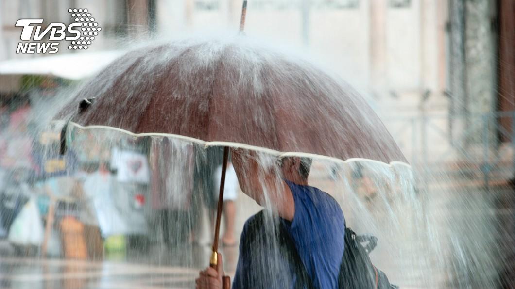 (示意圖/shutterstock 達志影像) 北北基宜花豪雨、大雨特報 中南部日夜溫差大