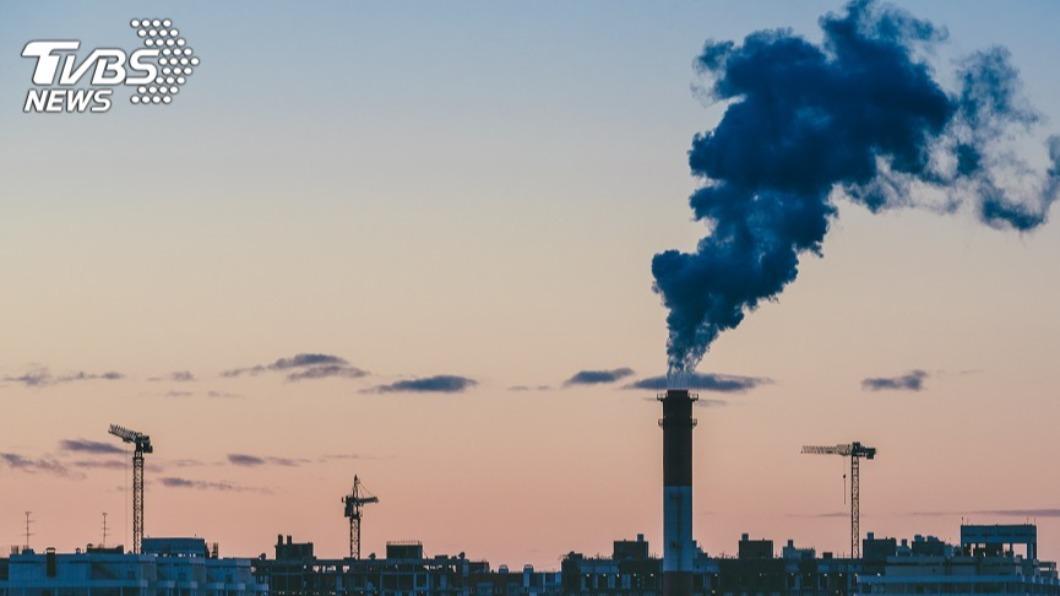 (示意圖/shutterstock 達志影像) 7縣市空氣品質聯合稽查 違規3案共罰167萬元