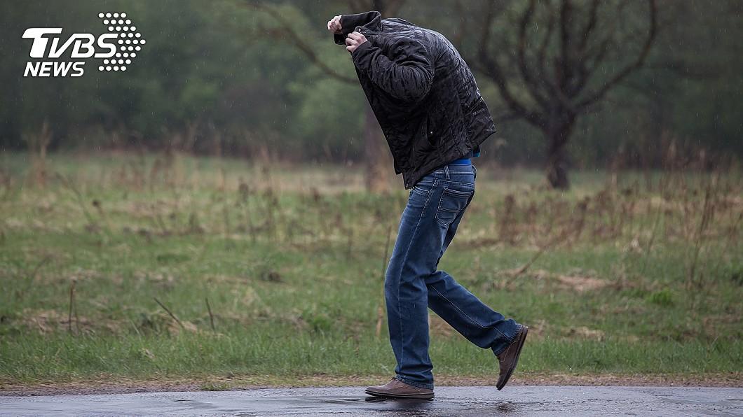 示意圖/shutterstock/達志影像 北部濕冷探低溫!雨狂下一整週 專家:有致災可能