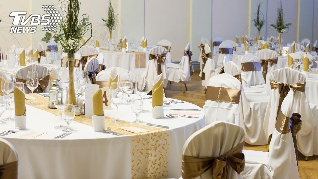 結婚是人生大事,但高級酒店竟端出讓新人傻眼的菜色。(示意圖/shutterstock達志影像) 1桌2萬!高級酒店端「蛋炒飯」 新人慘遭親友吐槽