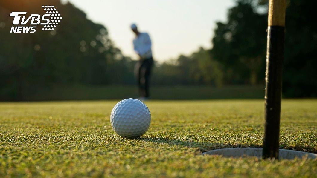 新淡水高爾夫球場爆發勞資糾紛,士林地院判資方須給付2933萬多元。(示意圖/shutterstock 達志影像) 高爾夫球場勞資糾紛 42桿弟獲判賠近3千萬